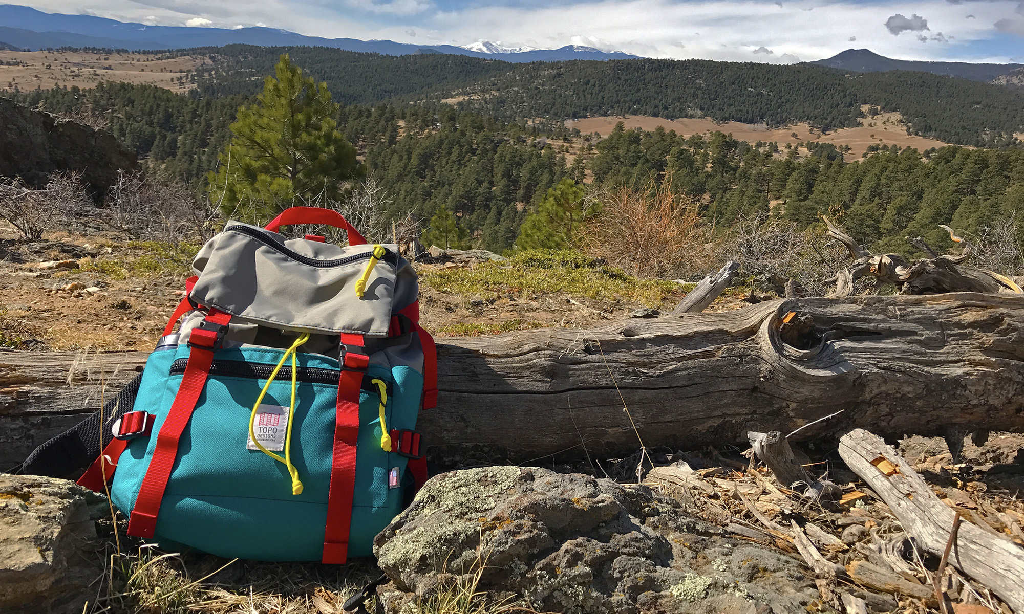 1ff024622d The Topo Designs Rover Pack is the Perfect Everyday Bag
